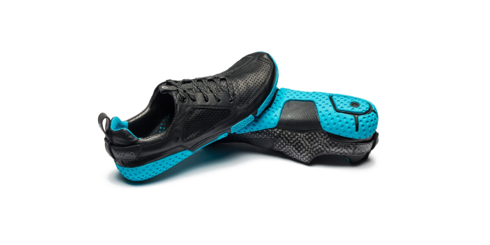 Men's FORM STEALTH BLACK/CYAN